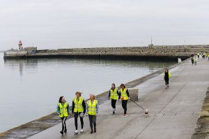 pier-group-walk